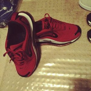 Nike air max 720 size 9.5